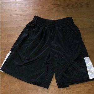 Pants - Basketball shorts